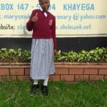 Vivian 13 Jahre besucht eine Internatsschule und sucht dringend Paten.
