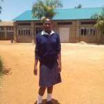 Purity vor ihrer Schule